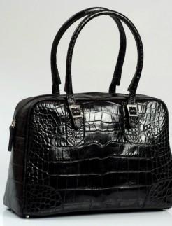 Black-faux-crocodile-tote-Lili-bagfashionista
