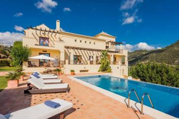 Magnificent Villa in the countryside in Monte Mayor, Estepona