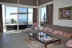 modern-villa-for-sale-in-marbella-modern-house-lounge-3